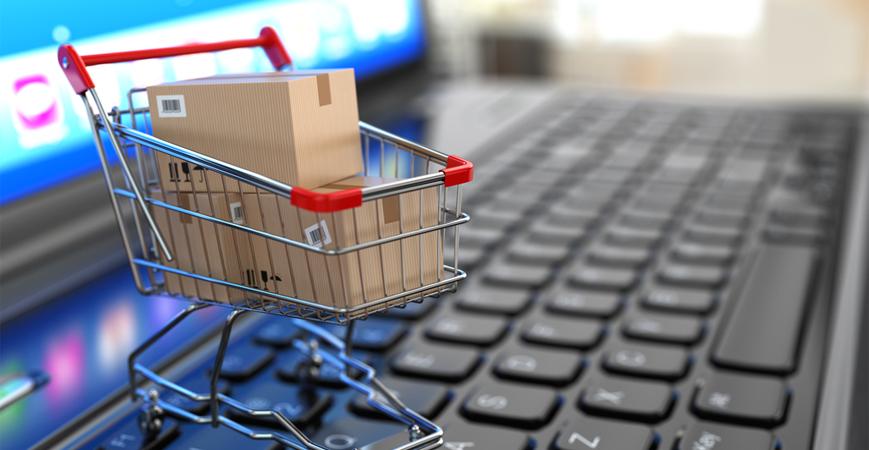 Após cinco meses de queda, intenção de consumo sobe 1,8%