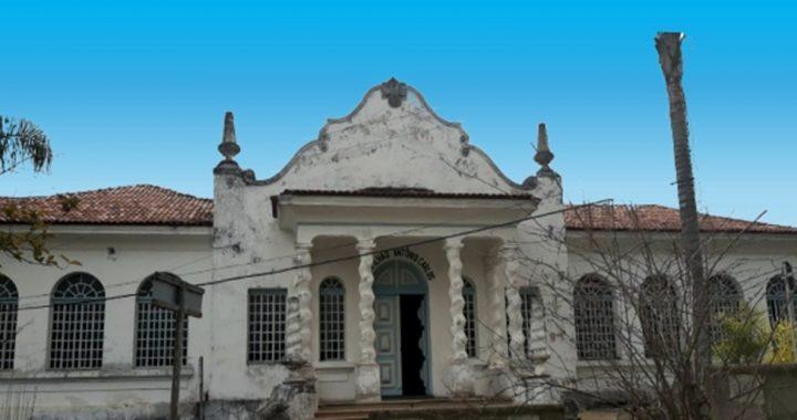 Barbacena tomba quatro bens arquitetônicos