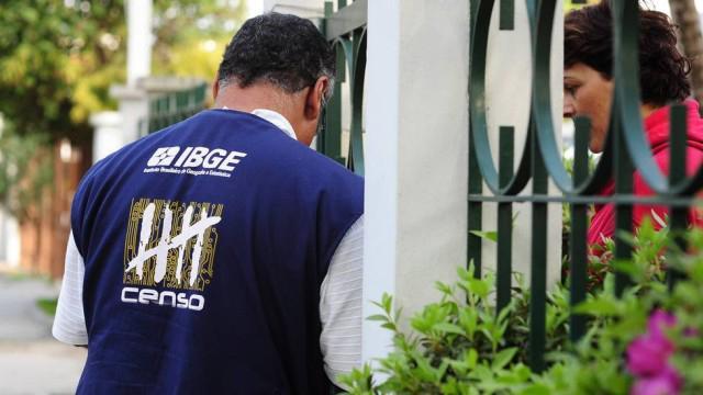 Suspenso: Concurso do IBGE iria selecionar 208 mil este ano