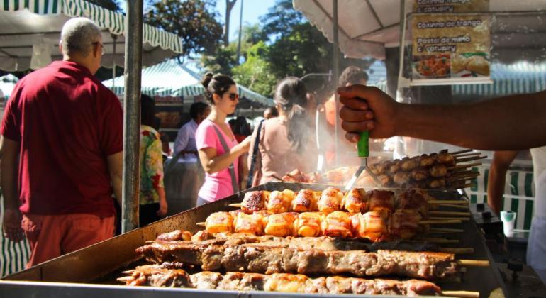 Prefeitura de Belo Horizonte abre 20 vagas em Feiras Modelo