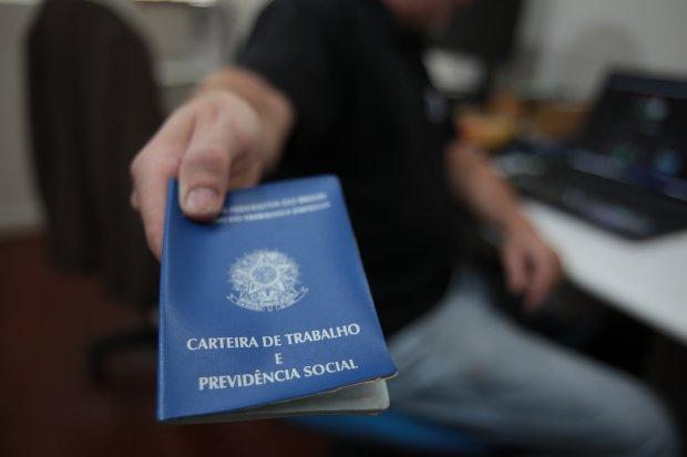 Uberlândia fecha agosto com saldo positivo de 220 novas vagas de trabalho