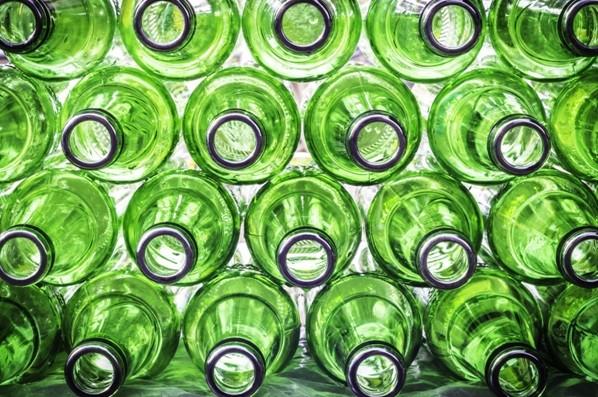 Montes Claros estabelece regras para descarte de embalagens de vidro