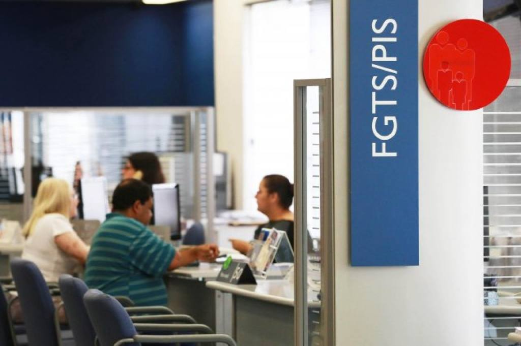 36,9 milhões com conta na Caixa Econômica Federal já sacaram recurso do FGTS