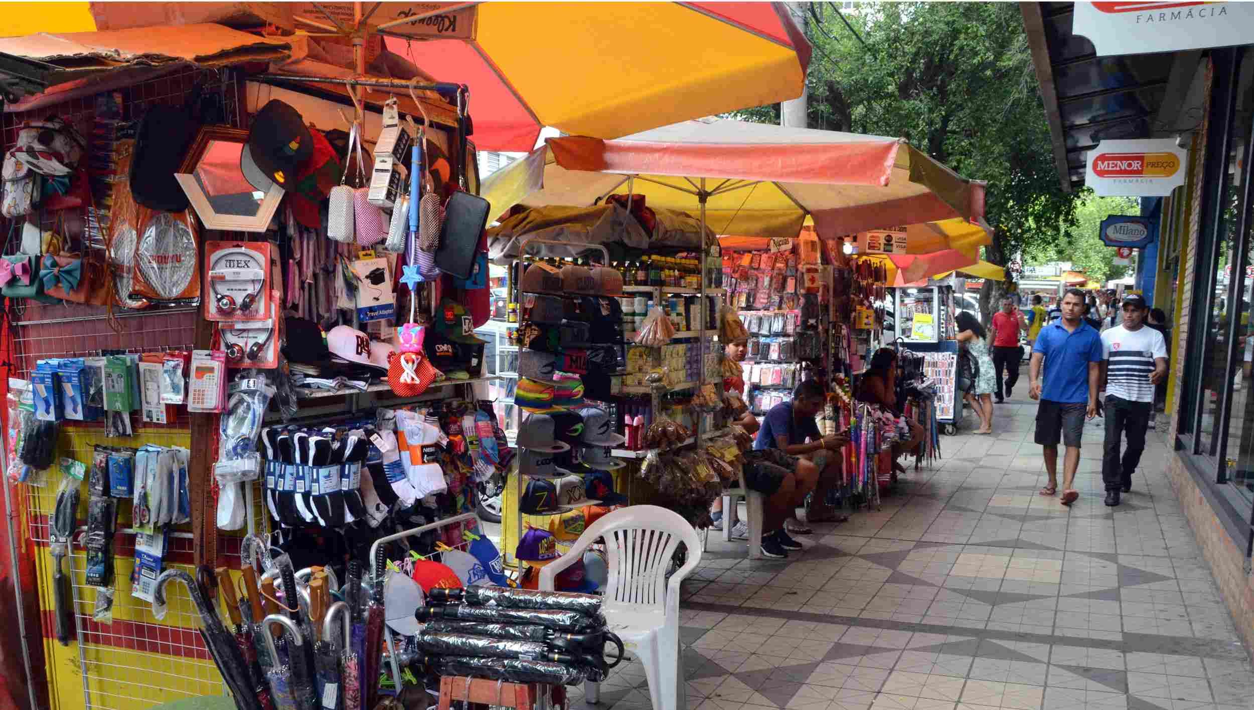 Divinópolis: notificados, camelôs da rua São Paulo devem deixar local dia 1º de dezembro