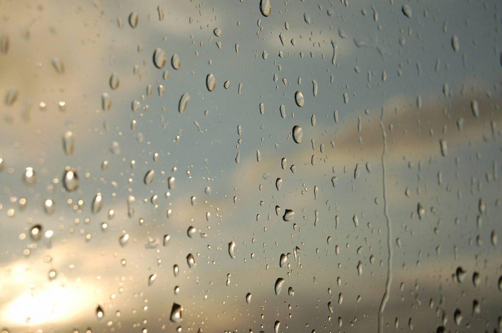 Frente fria diminui temperatura e acena com chuvas volumosas em Ipatinga a partir de hoje