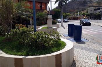 Para evitar derramamento, mais 4 lixeiras subterrâneas são instaladas no centro de Ubá