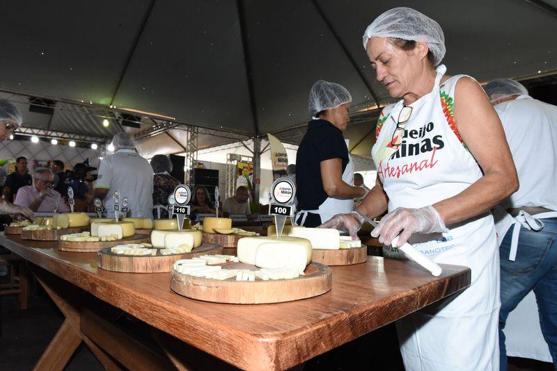Produtor da região de Araxá vence o 12º Concurso Estadual de Queijo Minas Artesanal