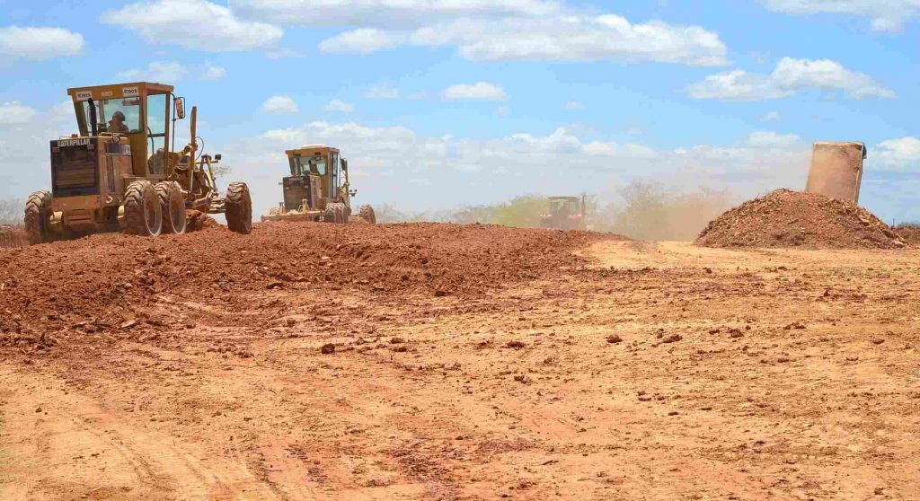 Terreno da Eurofarma recebe terraplanagem em Montes Claros: aporte de R$ 600 mi