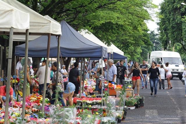 Uberlândia: começam inscrições para comércio no Dia de Finados