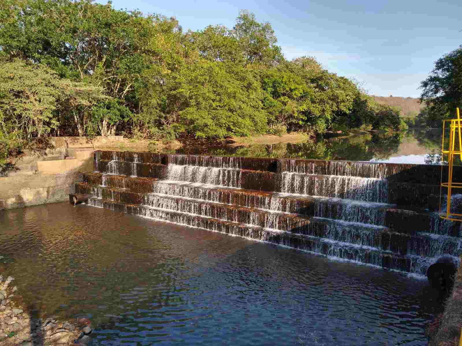 Uberaba: tempo seco leva Codau acionar sistema de transposição de água do Rio Claro