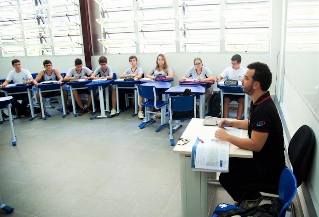 Vagas do CEFET-MG: Araxá, BH, Curvelo, Divinópolis, Leopoldina, Nepomuceno,   Timóteo, Varginha