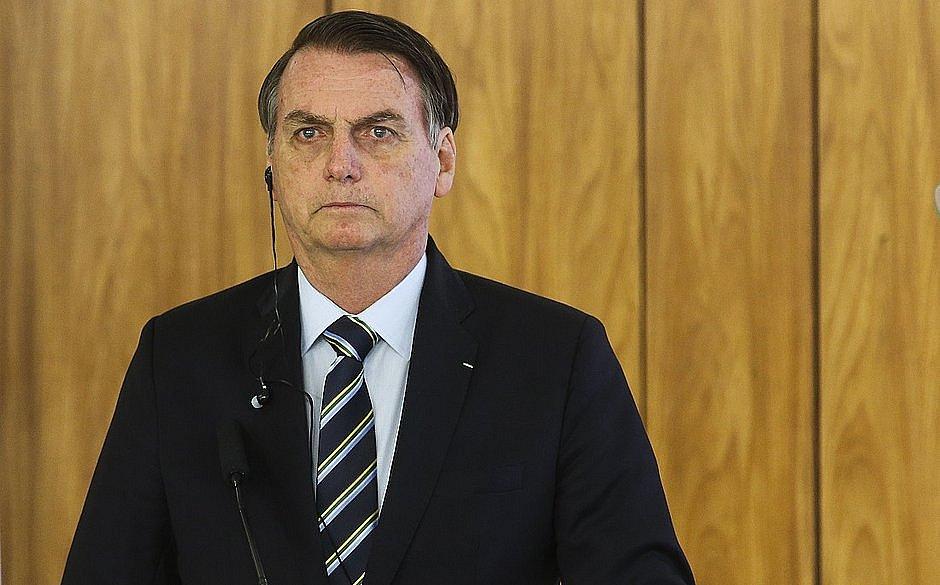 Bolsonaro cria nova estatal de serviço de navegação aérea