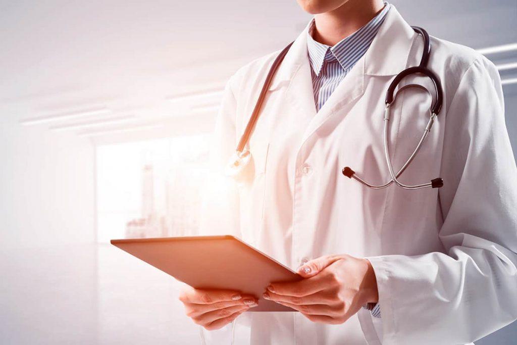 Divinópolis: Cesama abre vaga para Médico do Trabalho