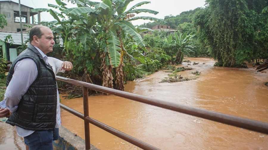 Governador Valadares: distritos atingidos por tromba d'água recebem força-tarefa