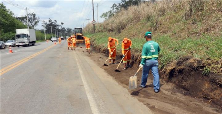 Ipatinga: mais de 150 toneladas de lixo são retiradas do perímetro urbano da BR-458