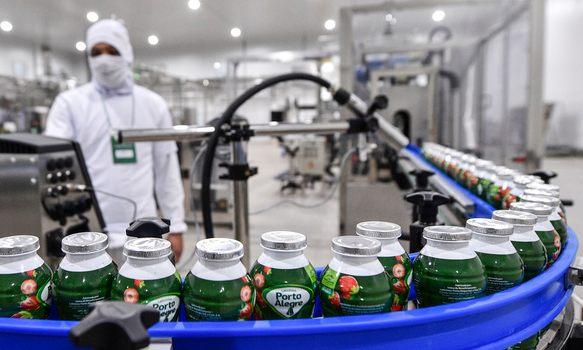 Minas Gerais atrai R$ 24,2 bi de investimentos em dez meses de nova gestão
