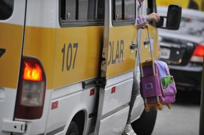 Proprietários de vans que ainda não trocaram veículos ganham novo prazo em Montes Claros