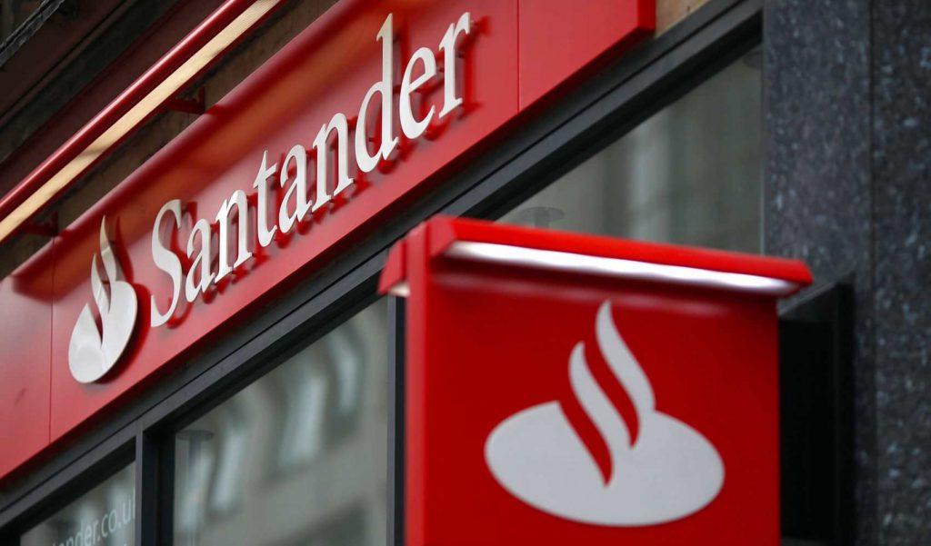TAC: Santander é acionado por cobranças indevidas em contas de servidores de Patos de Minas