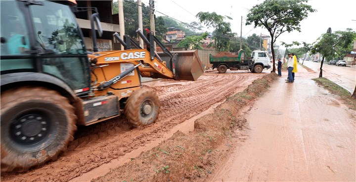 Tempestade em Ipatinga de 138 mm em apenas um dia demanda ação de serviços emergenciais