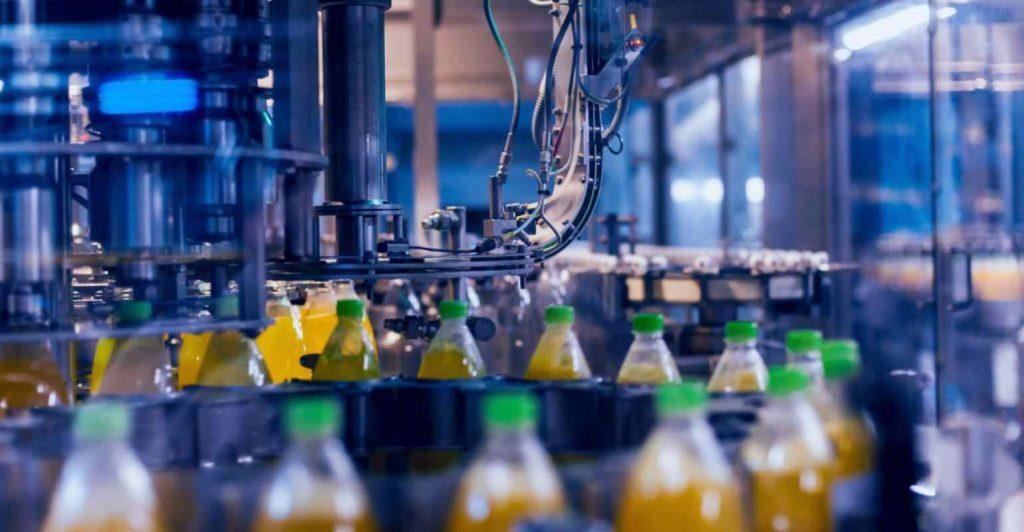 Indústria acumula avanço de 2,4% em três meses de elevações