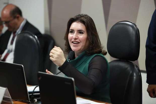 PECs só serão votadas no próximo ano, diz senadora