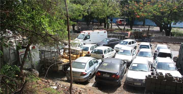 Prefeitura de Ipatinga arrecada recursos com leilão de 29 lotes de automóveis