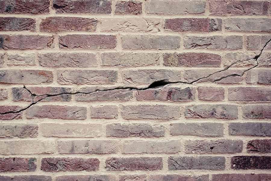Responsável por obra deve reparar danos materiais