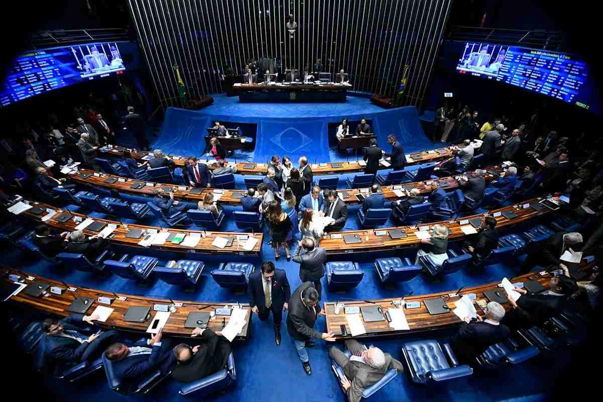 Senado dá transferência direta de emendas a Estados e municípios