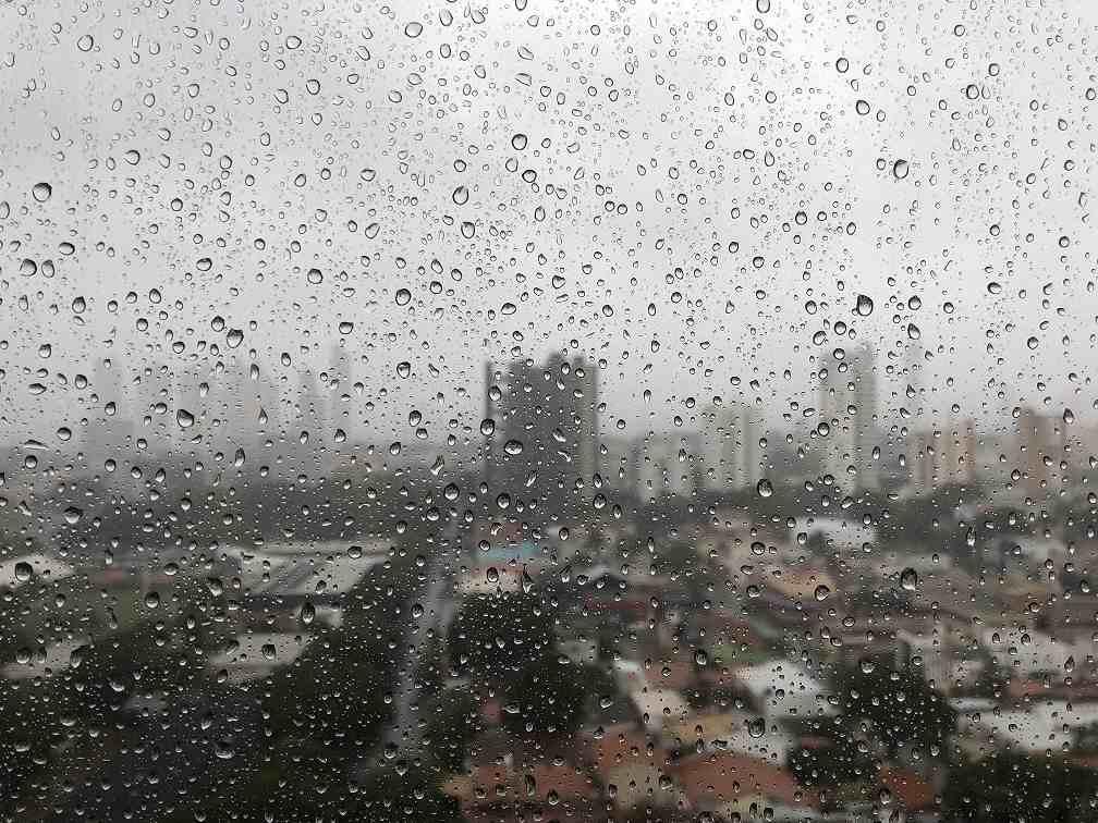 """Tempestades: Defesa Civil de Juiz de Fora cria a """"Rede Alerta"""" com lideranças de bairro"""