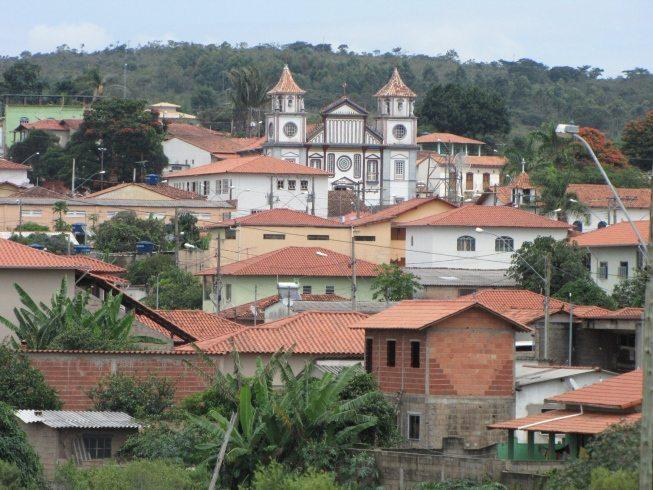 Prefeitura de Datas (MG): 39 vagas e salários de até R$ 6,5 mil