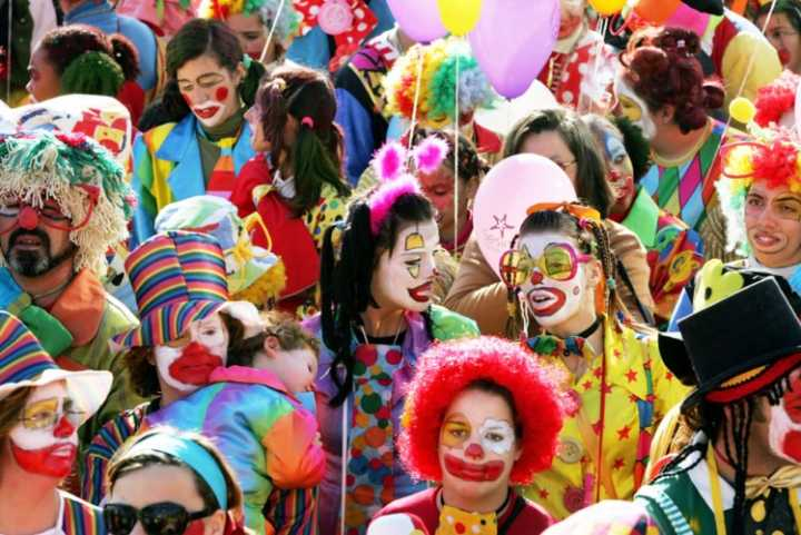 Carnaval é feriado? Posso ter o salário descontado? Se eu trabalhei, recebo em dobro?