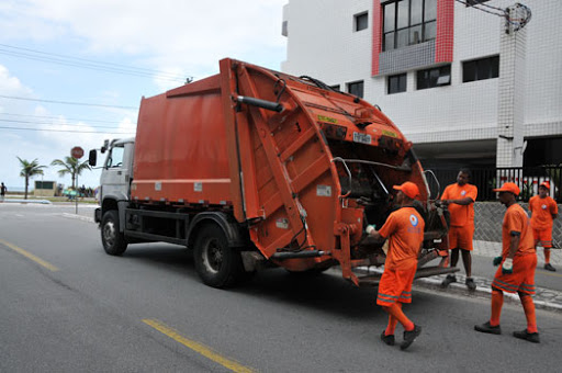 Coleta de lixo em Itajubá: dias, horários e telefone 0800 para mais informações