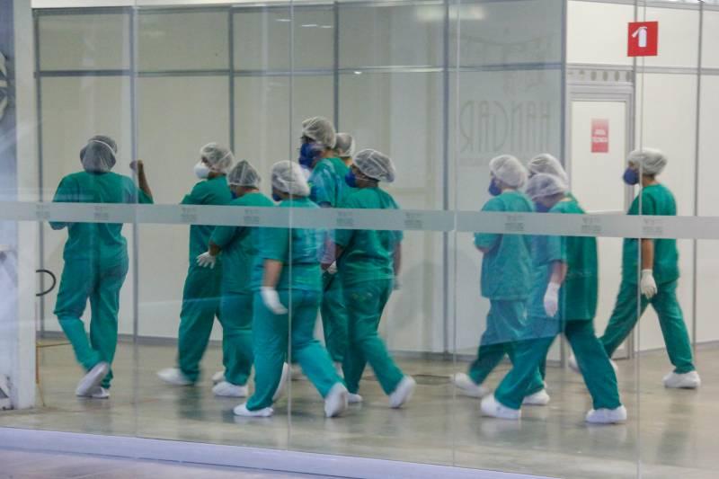 Avanço do Covid-19: 2 mil profissionais de Saúde afastados