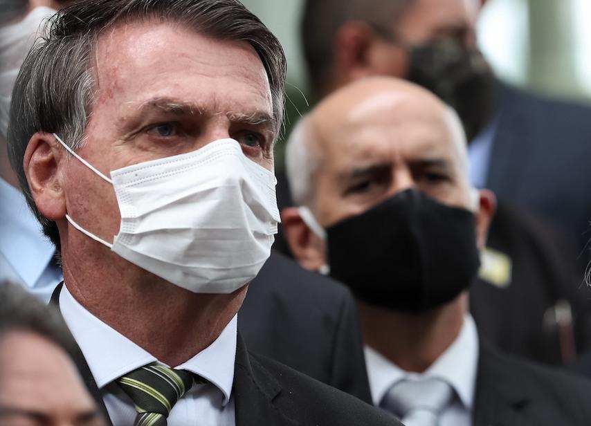 Bolsonaro sobre novos protestos: 'deixa eles sozinhos no domingo'