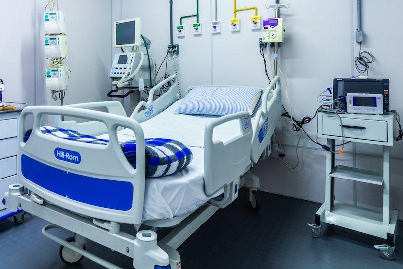 Oficial: 447 pacientes com Coronavírus aguardam vaga em UTI