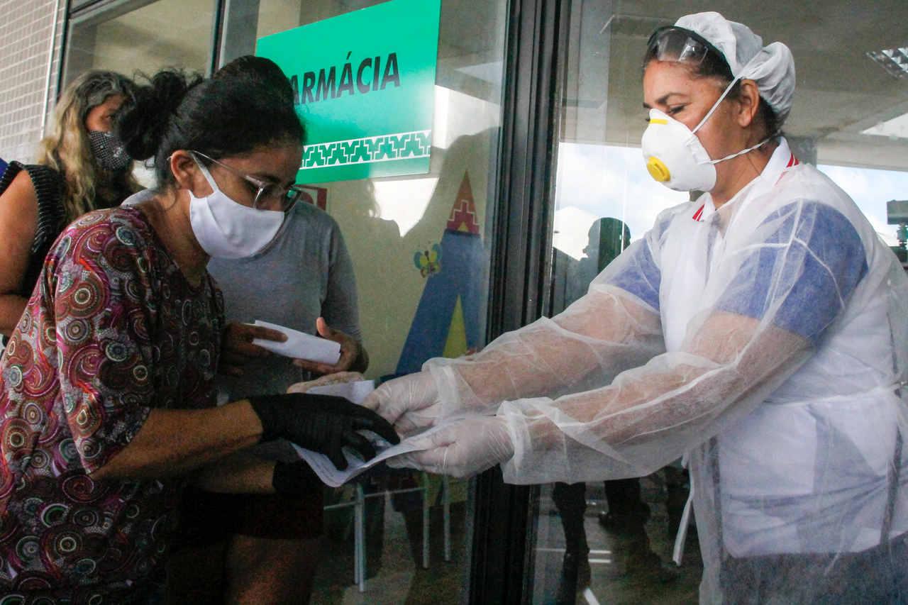 Protestos podem aumentar casos de Coronavírus no Brasil, diz Opas