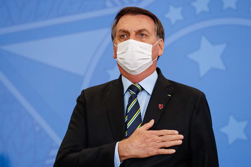 A política da doença: infecção de Bolsonaro vira bandeira pela cloroquina