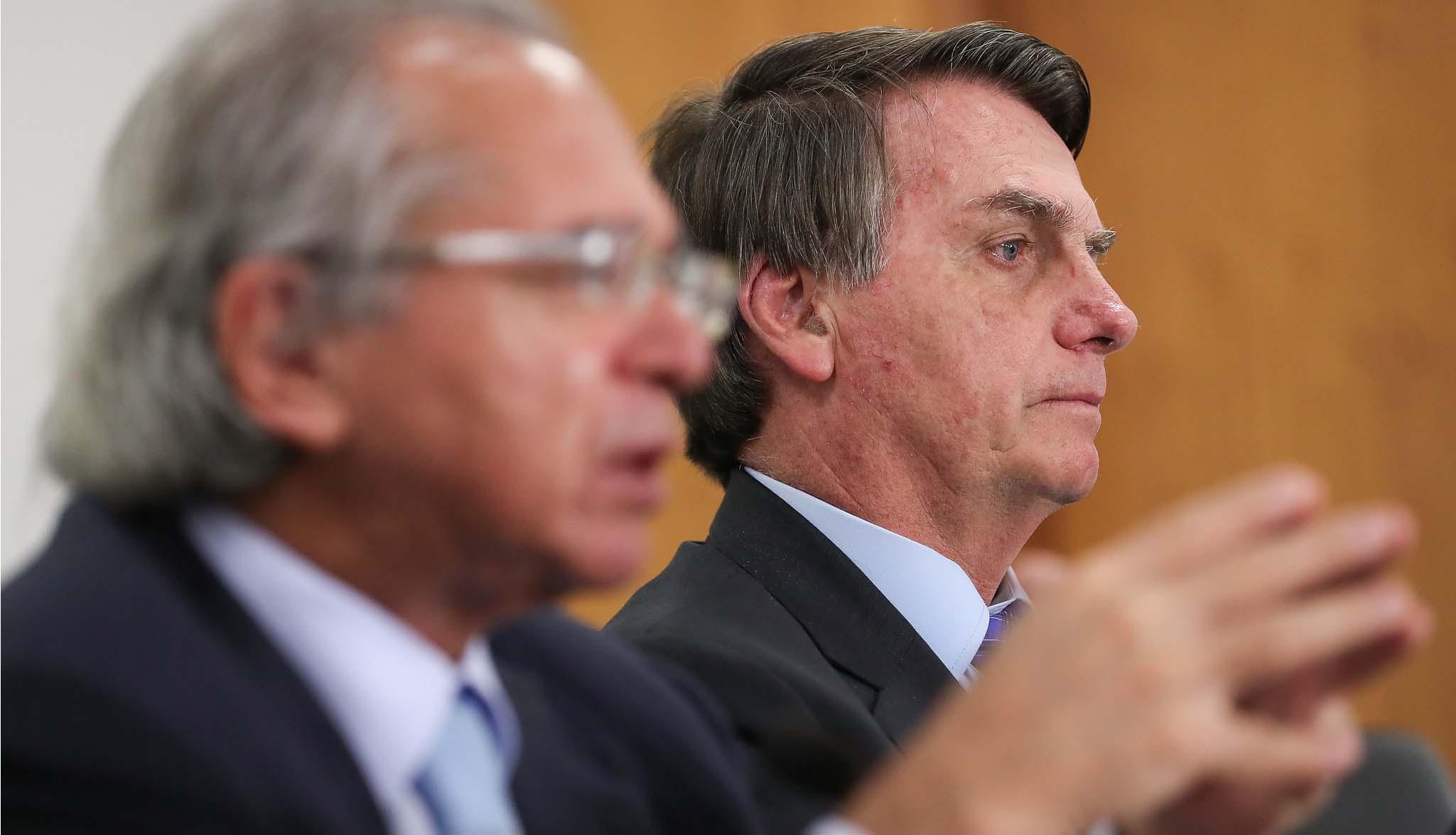 'Le Monde' fala em aumento das tensões no Brasil e 'pedido de ação do Exército'