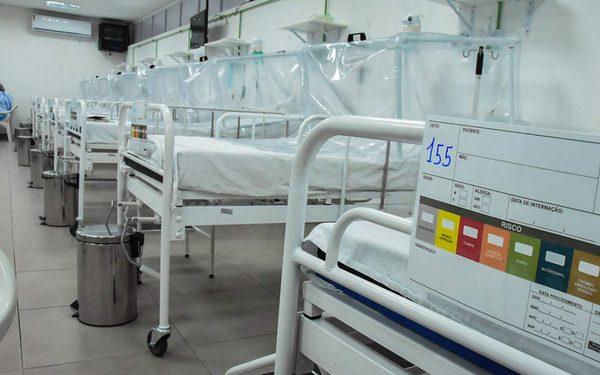 Piumhi supera 100 casos de Coronavírus. Formiga reabre supermercados aos domingos