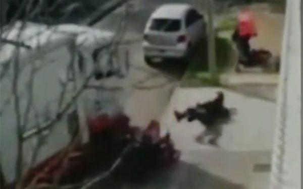 Flagrante: caminhão atropela assaltante para salvar vítima