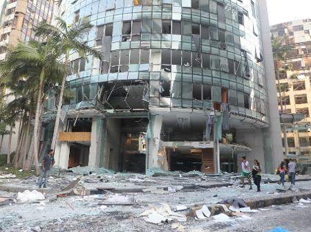 'Chuva de vidros' causada por explosão: estampido foi ouvido a 200 quilômetros