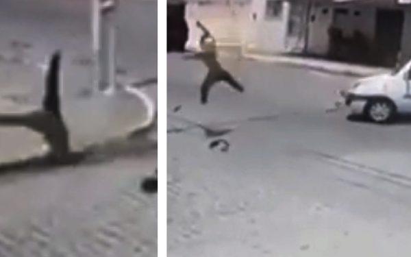 Flagrante: motociclista 'voa' mais de 20 metros após furar bloqueio da polícia