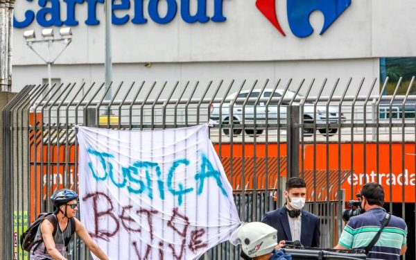 Carrefour reverte venda no Dia da Consciência Negra