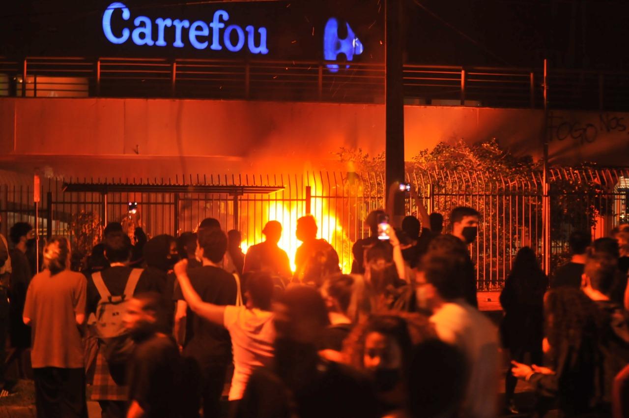Ambev cobra medidas do Carrefour por morte de João Alberto